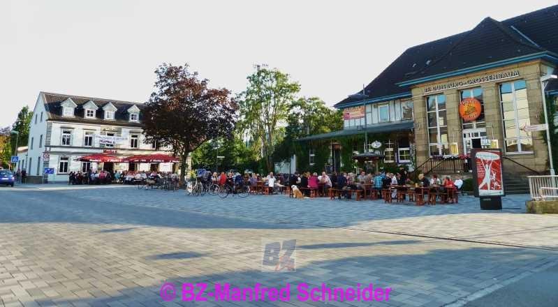 Bz Duisburg Lokal Autsch Flicken Statt Pflaster 2013 Bz